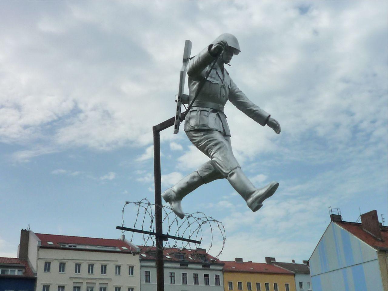 Berlinmuren Vidste Du At